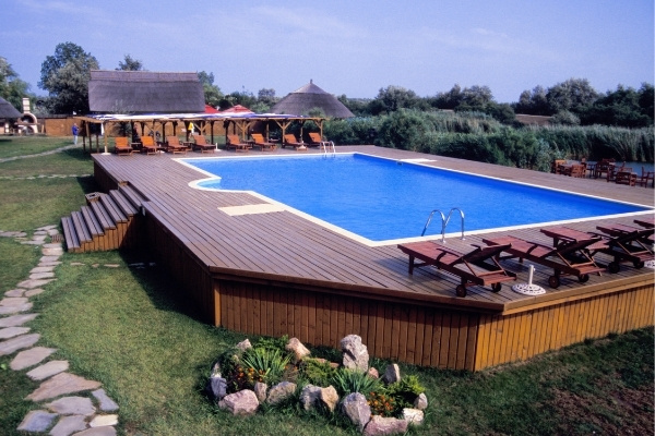 Above Ground Pool with Cedar Decking