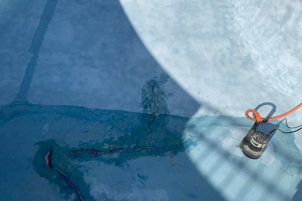 Repaired Spider Cracks in Pool